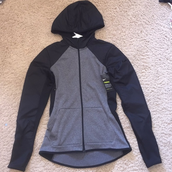 39ade4630fb2 Nike dri-fit jacket with hood